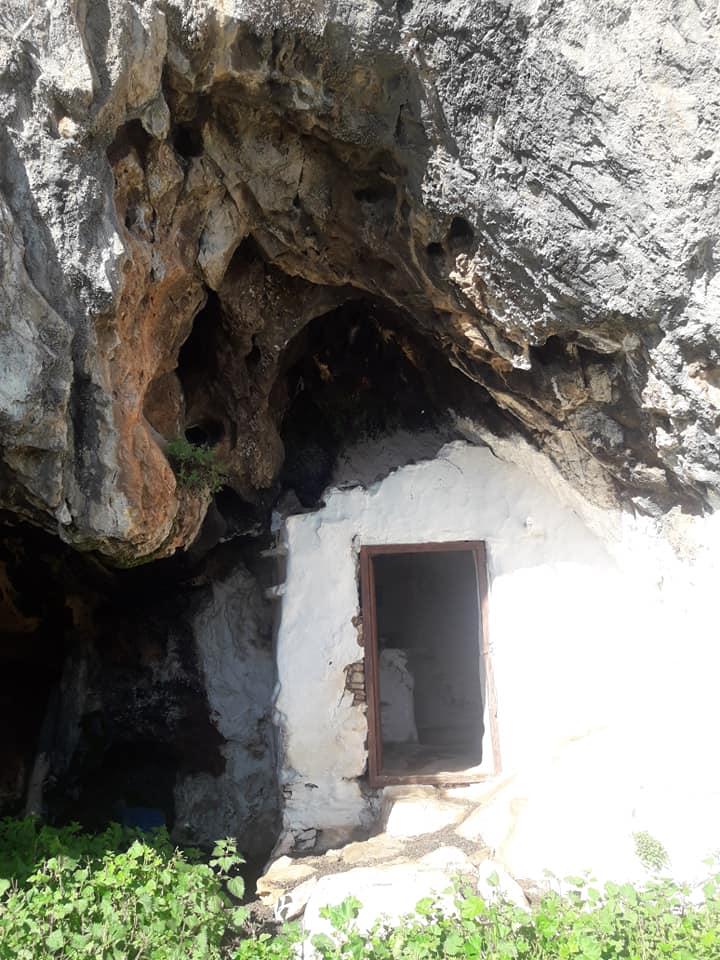 Άγιος Αντώνιος, Καλογιερατση (Υπόσκαφη)