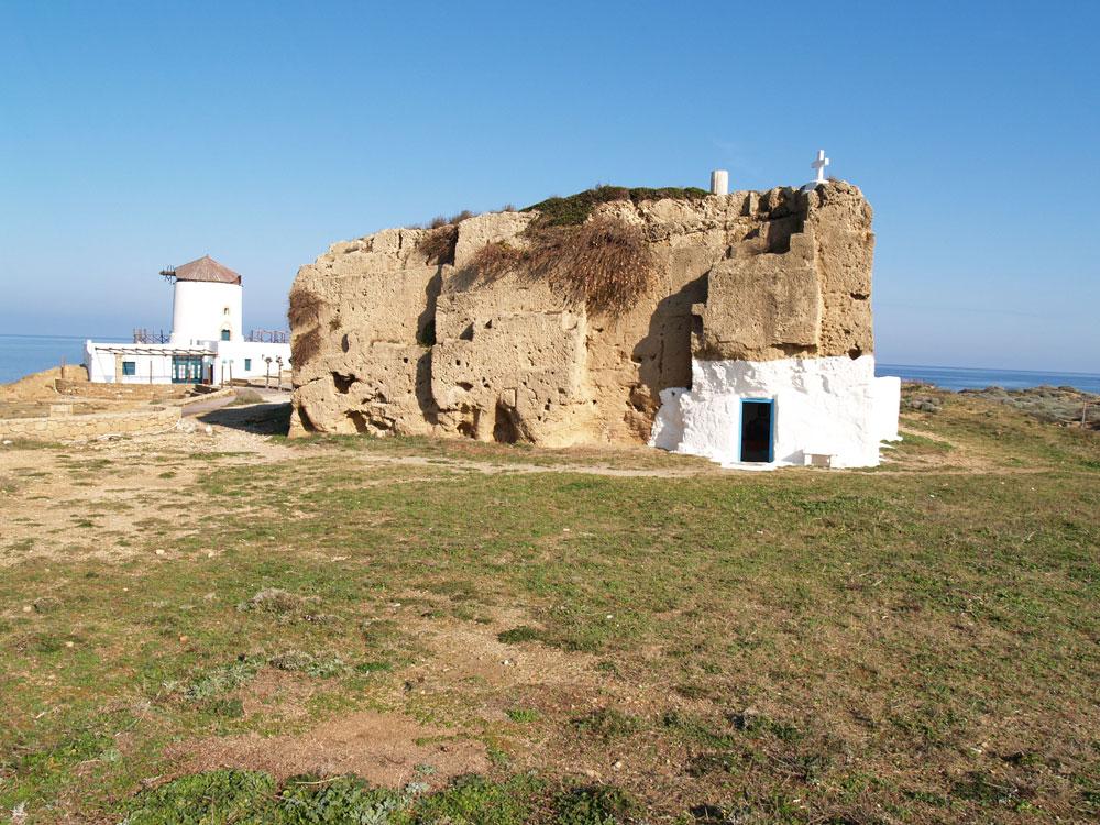 Υπόσκαφες και Σπηλαιώδεις Εκκλησίες
